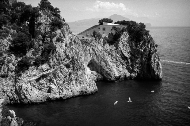 marco_guerra_travel_capri_italy_Casa-Malaparte_2-1