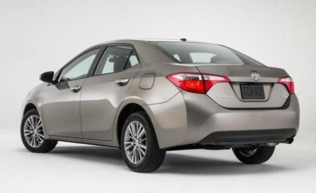 2014-Toyota-Corolla_JP-1